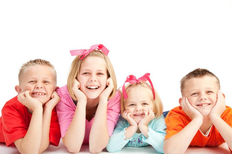 copii bucurosi